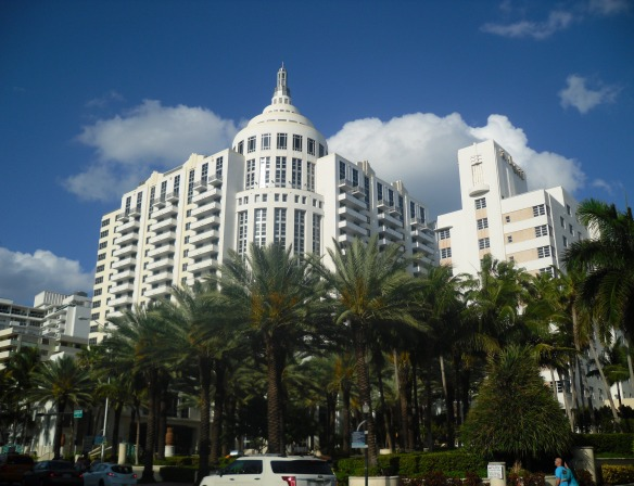 07_loews_hotel_miami_beach